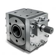 What are the benefits of plastic extrusion pumps